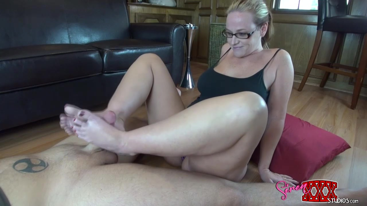 young tiny deflowering pussy